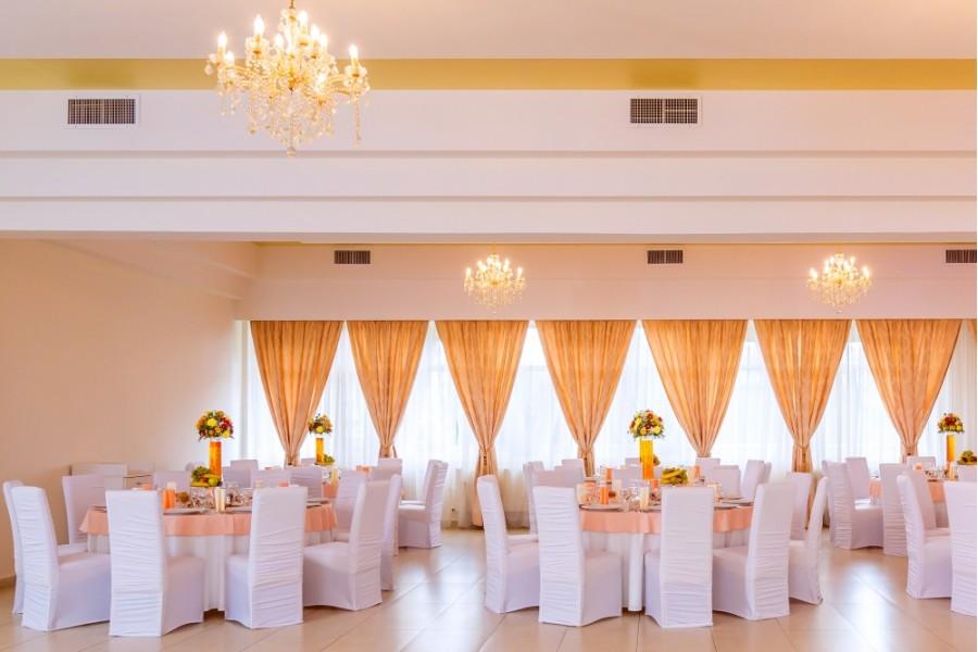 Farmec Premium Ballroom Restaurant Nunta