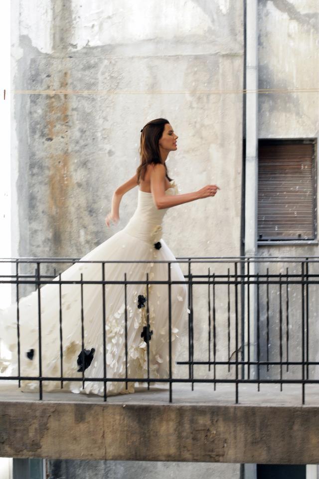 de unde pot cumpăra magazin de vânzare noua versiune Cristian Samfira creator rochii de mireasă