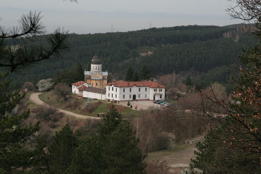 Резултат с изображение за Кремиковския манастир